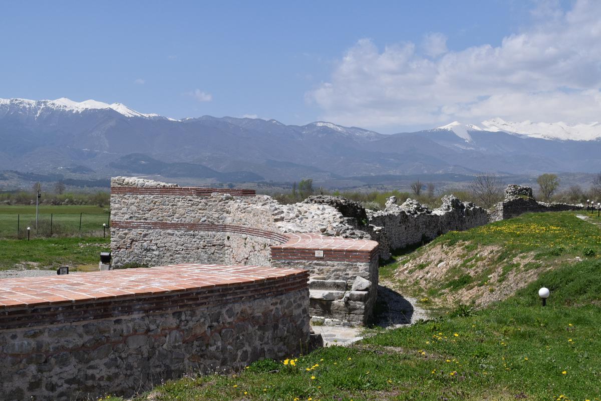 Nikopolis ad Nestum city wall